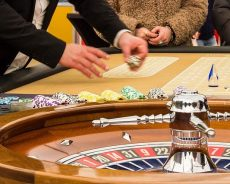 Texas Hold'em Tips for a Beginner to Beat a Pro
