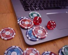 Free Online Poker Guide To How Vary Hand Playing Table Size