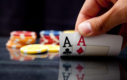 A Review Of The 78 Texas Holdem Folding Poker Tabletop